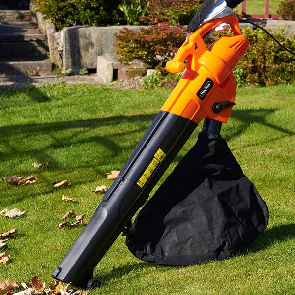 Best Leaf Blowers Amp Garden Vacuum Reviews Uk 2019