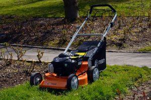 Tiger 18 inch petrol lawn mower