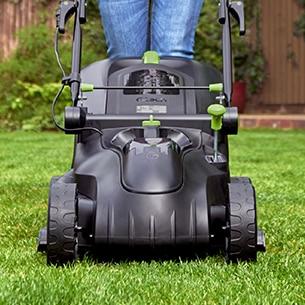 Gtech Cordless Lawnmower 2.0 wheels